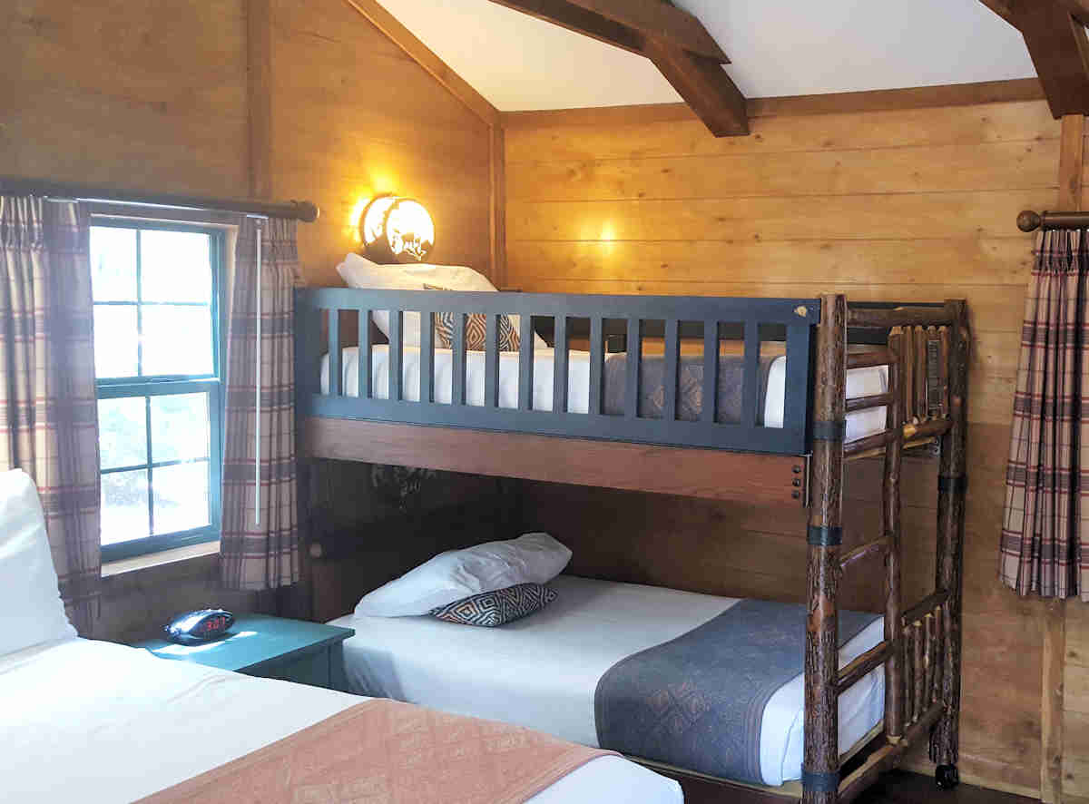 Bedroom bunkbeds